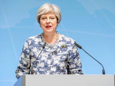 Theresa May - Perigo de Não Brexit